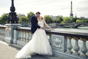 Paris photo tour elopement