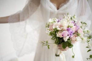 wedding bouquet bride Paris