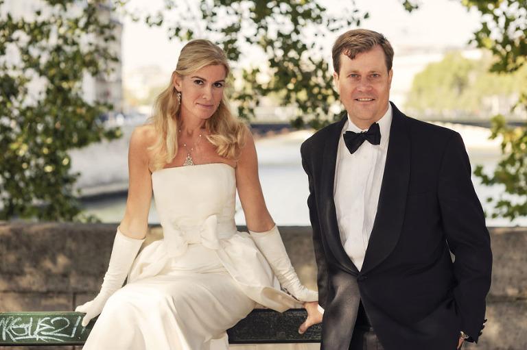 black tie wedding photographer Paris