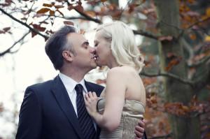 couple engagement photo session versailles