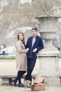 Eiffel-tower-secret-proposal-picnic