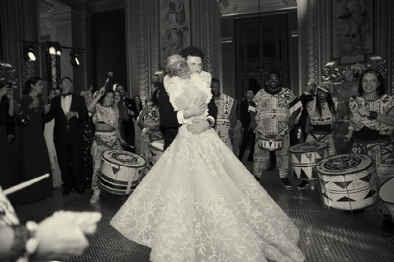 Paris pre-wedding photographer