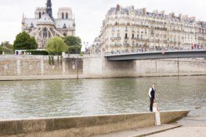 Paris portrait couple fiancailles